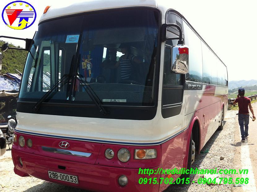 Cho thuê xe đi Côn Sơn - Kiếp Bạc giá tốt lh 0944738855